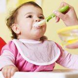 تغذیه شیرخوار:غذای کمکی نوزادان 6 ماهه تا 2 ساله